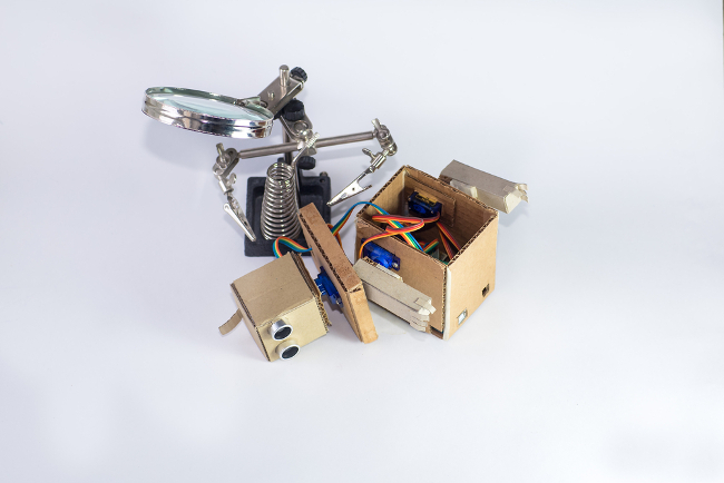 Robots: robot undergoing surgery