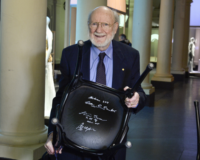 William Campbell receiving his Nobel Prize for biology, following studies on parasitic roundworms. Image: The Nobel Foundation/Claudio Bresciani
