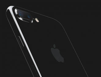Apple says iPhone 7 Plus devices won't be available in shops Friday