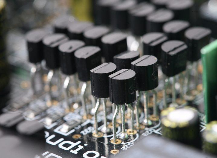 Transistor nanometre gate