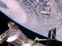'What a beautiful vehicle': ISS gets first commercial food delivery in 2 years