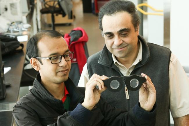 University of Utah Professor Carlos Mastrangelo, right, and doctoral student Nazmul Hasan. Image: Dan Hixson/University of Utah College of Engineering