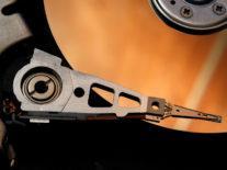 Kingston crams 2TB of storage into single USB thumb drive