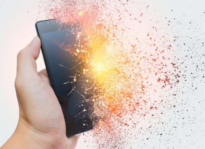 Fire extinguisher: exploding phone