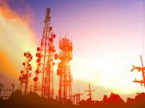 25 mobile operators are testing 5G, with speeds reaching 36Gbps