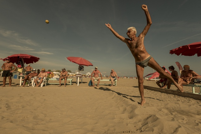 Grado (Italy) is home to an annual bowls event. 70 fans from different regions of Northern Italy attend. From a simple challenge between a few fans originally, the competition has now grown. Image: Andrea Rossato, Italy, Shortlist, Professional, Sport, 2017 Sony World Photography Awards
