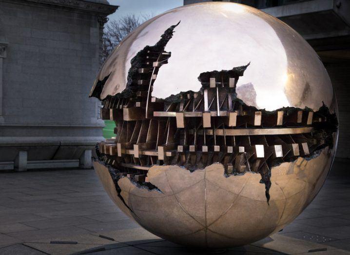 Trinity sphere