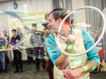 Smart building has 'environment bubbles' to follow people around