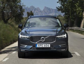 Volvo aims to go electric in 2019, signals end of dominance of combustion engine