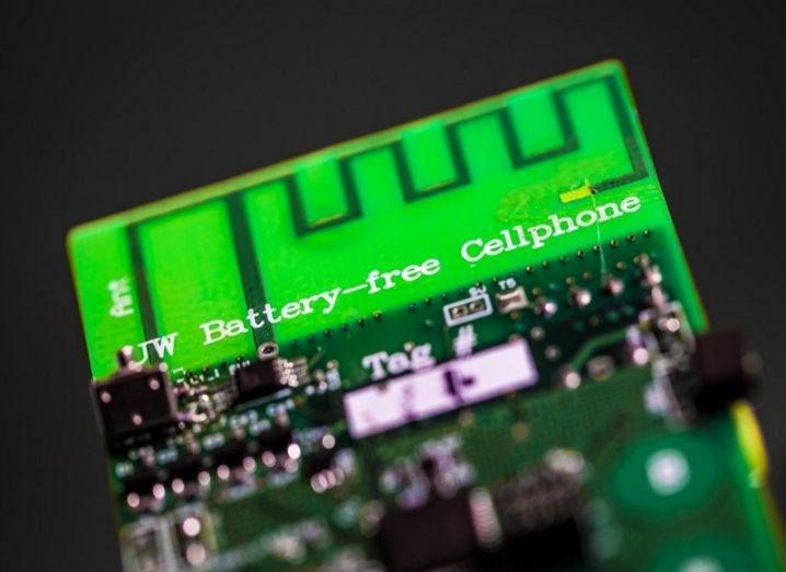 Researchers unveil first battery-free cellphone