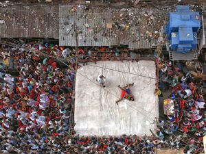 'Street Wrestling'. Image: Retam Kumar Shaw. Documentary Single Image Winner, Magnum and LensCulture Photography Awards 2017.