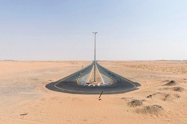 Desert Road, Dubai, September 2016.Image: Nick Hannes, Documentary Series Winner, Magnum and LensCulture Photography Awards 2017.