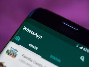 WhatsApp chat window.