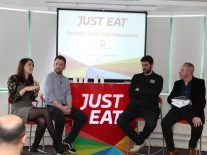 How digital is disrupting the distribution of food