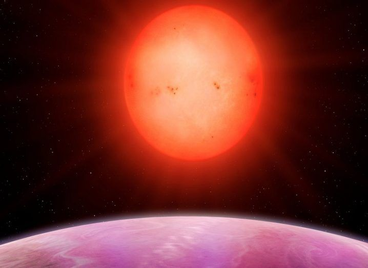 Monster Planet, Tiny Star: Record-Breaking Duo Puzzles Astronomers