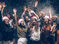 These 5 apps can help you plan the perfect end-of-year party at work