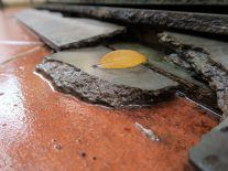 Scientists find ingenious solution to create self-healing concrete