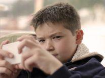 Apple responds to concerns over 'smartphone addiction' in children
