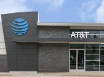 Telecoms giant AT&T plans to roll out 5G in 12 US cities this year