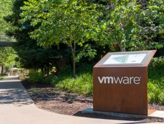 Dell mulls reverse merger with VMware to go public without IPO