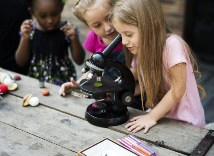Children-microscope
