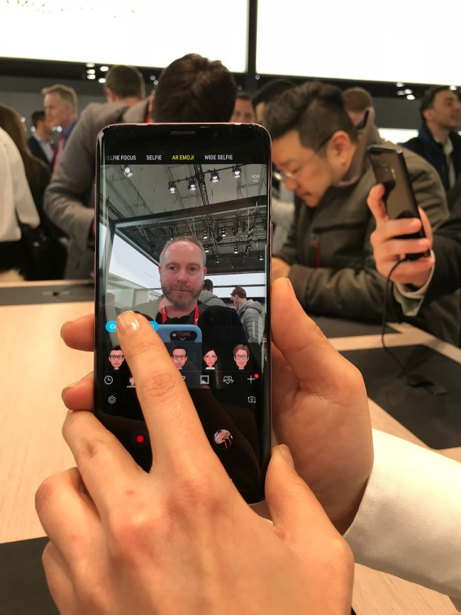 Hands-on with the top smartphones of Mobile World Congress 2018