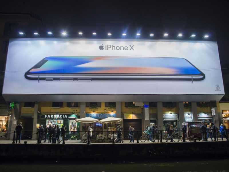 iPhone captured 51pc of all smartphone revenue worldwide in Q4