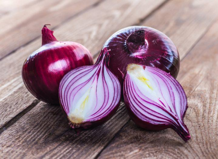 red onions Tor