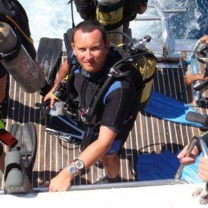 Ian-Savage-scuba-diving