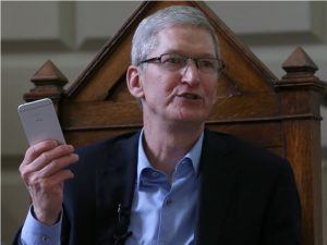 Did the iPhone account for 25pc of Irish economic expansion in 2017?