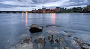 Mid west. Picture of King John's Castle, Limerick.