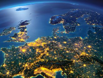 Light up, light up: Can EU leverage broadband investment up to €1bn?