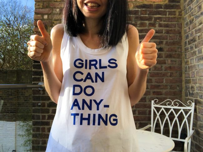 jess wade wearing T-shirt that says girls can do anything