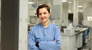 Katarzyna Pluta, a senior associate QC specialising in bioanalytical sciences at Amgen. Image: Amgen