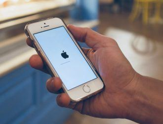 Apple to close security flaw used by law enforcement to crack iPhones