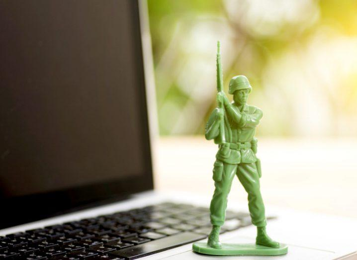 picture of soldier defending computer