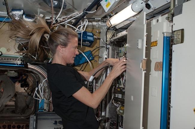 NASA oxygen generator