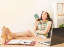 Going on holidays? 5 tips to wrap up work in time
