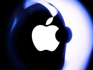 Apple logo on Mac Book Air. Image: Emka74/Shutterstock