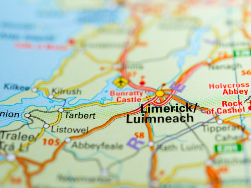map of ireland zoomed in on limerick.