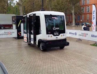Driverless bus to take to Dublin's streets