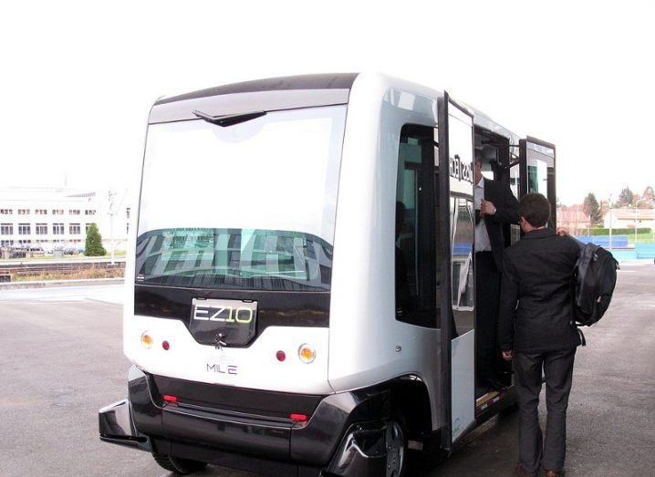 A picture of the EZ10 minbus by Easymile being boarded by passengers.