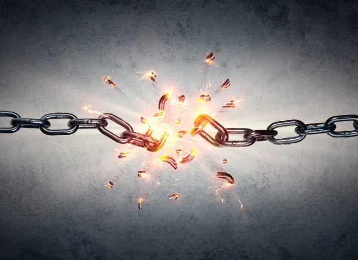 Picture of a chain breaking.