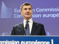 EU expert group wants your say on draft AI ethics guidelines