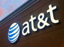 AT&T slammed for misleading customers about 5G roll-out