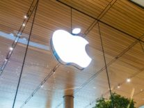 Publishers balk at Apple's subscription news service terms