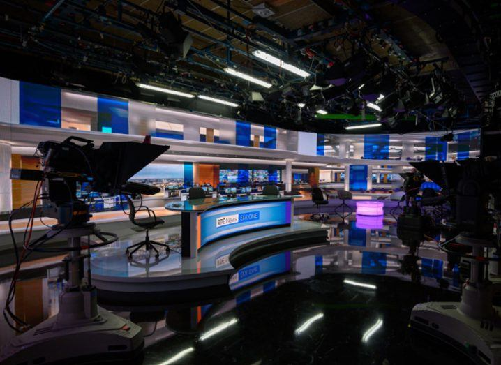 Image of the new RTE studios showing the presenter's desk surrounded by cameras.