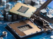 Google researchers say software alone can't mitigate Spectre chip flaws