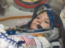 All-woman spacewalk on ISS cancelled due to lack of fitting spacesuits
