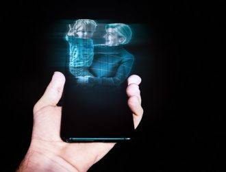 New ultrathin display could soon beam 3D holograms from phones